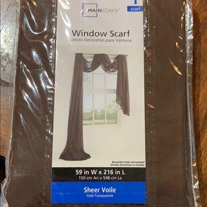 ** Window Scarf